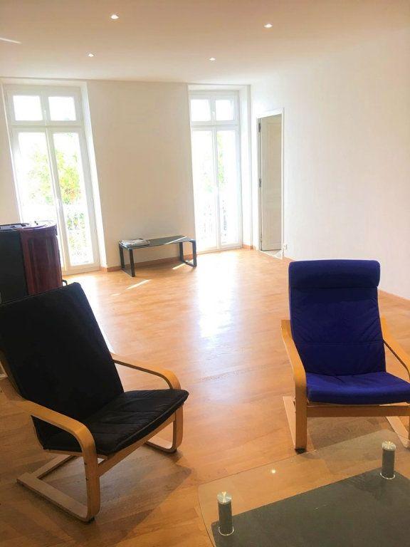 Appartement à vendre 4 100m2 à Laragne-Montéglin vignette-2