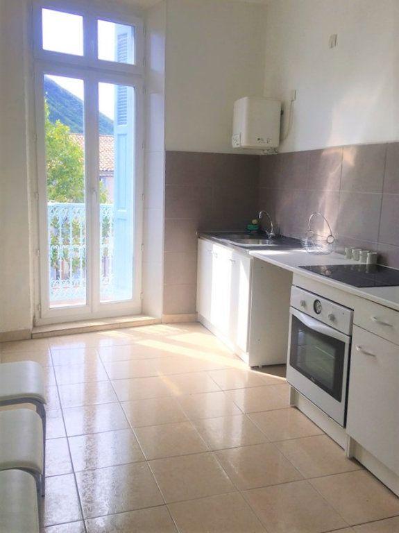 Appartement à vendre 4 100m2 à Laragne-Montéglin vignette-3