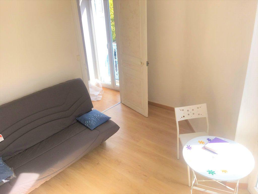 Appartement à vendre 4 100m2 à Laragne-Montéglin vignette-5