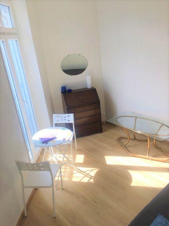Appartement à vendre 4 100m2 à Laragne-Montéglin vignette-6