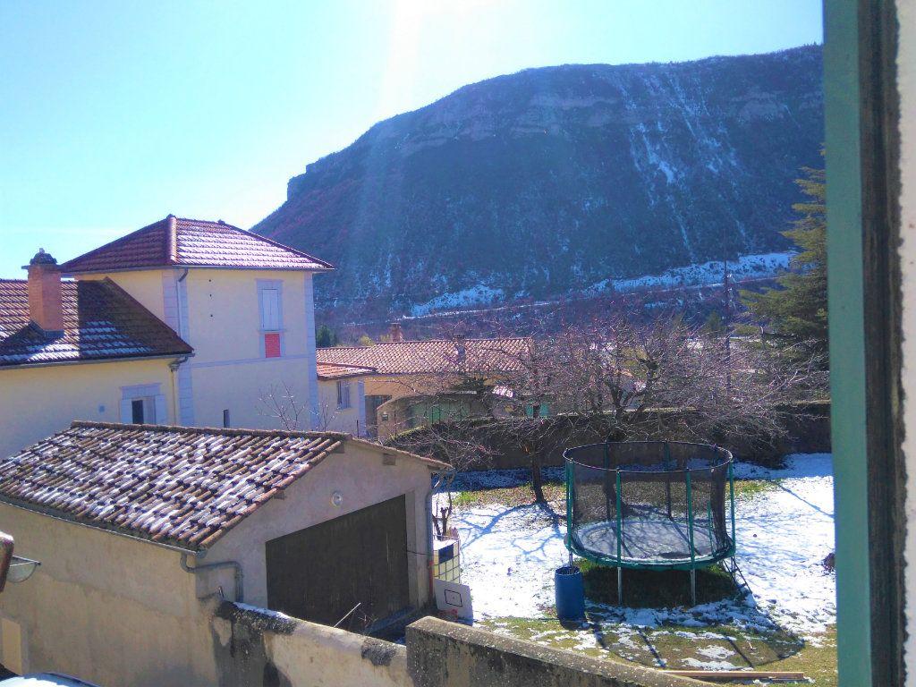 Maison à vendre 5 105m2 à Laragne-Montéglin vignette-4