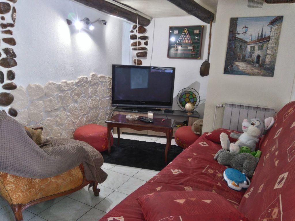 Maison à vendre 5 105m2 à Laragne-Montéglin vignette-5