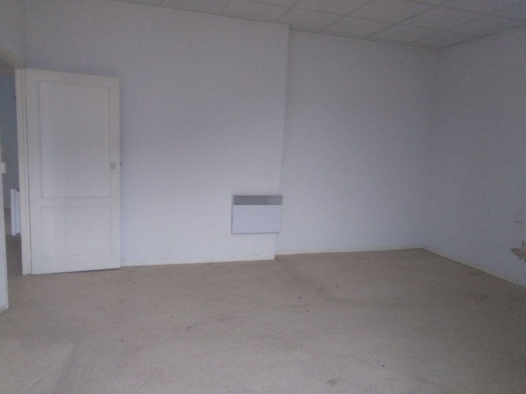 Appartement à vendre 3 60m2 à Laragne-Montéglin vignette-4