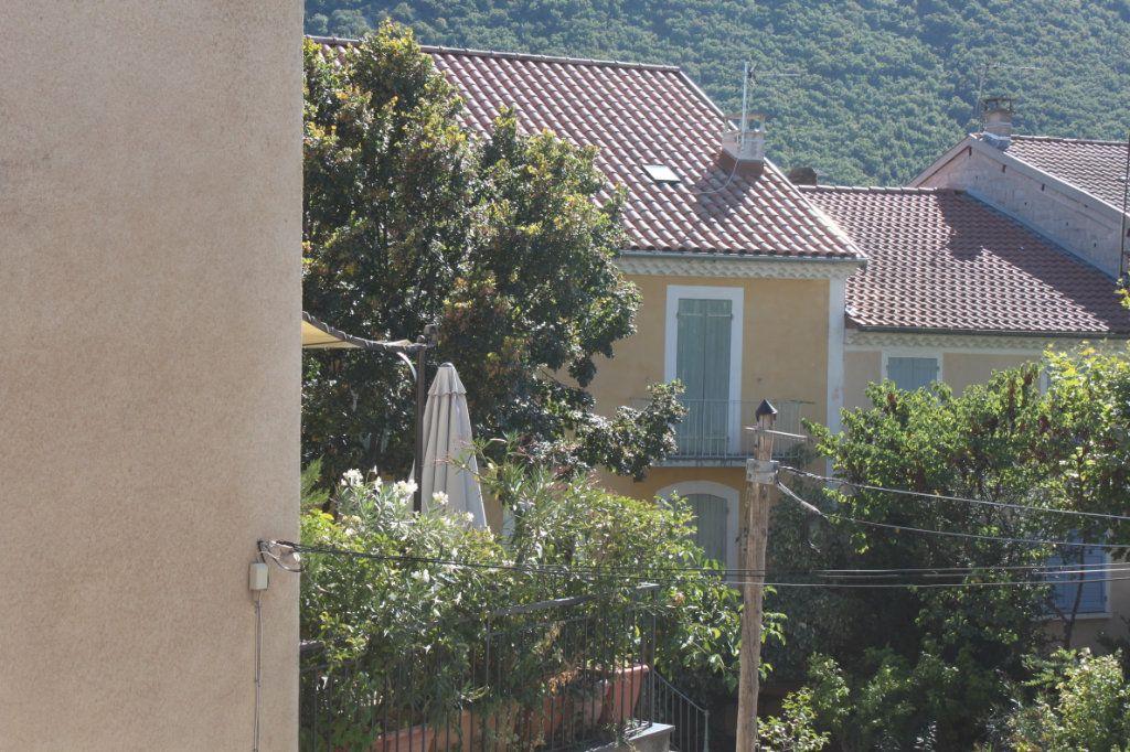 Appartement à vendre 3 65.2m2 à Laragne-Montéglin vignette-1