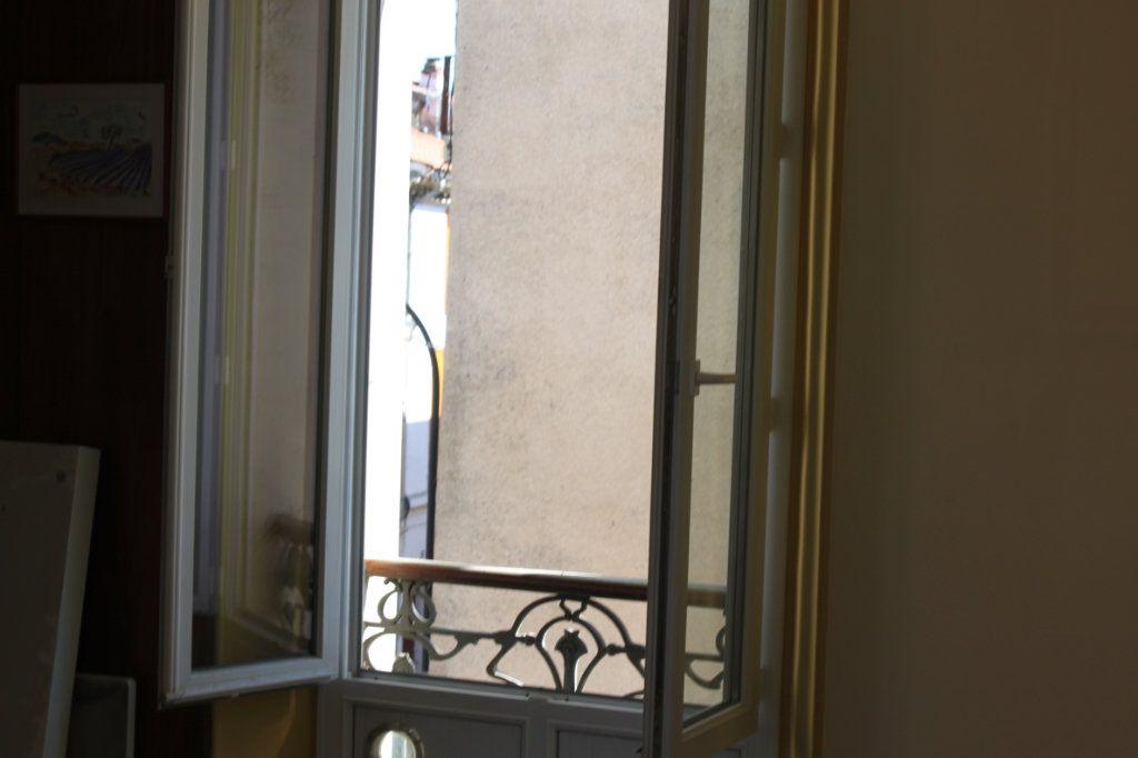 Appartement à vendre 3 65.2m2 à Laragne-Montéglin vignette-4
