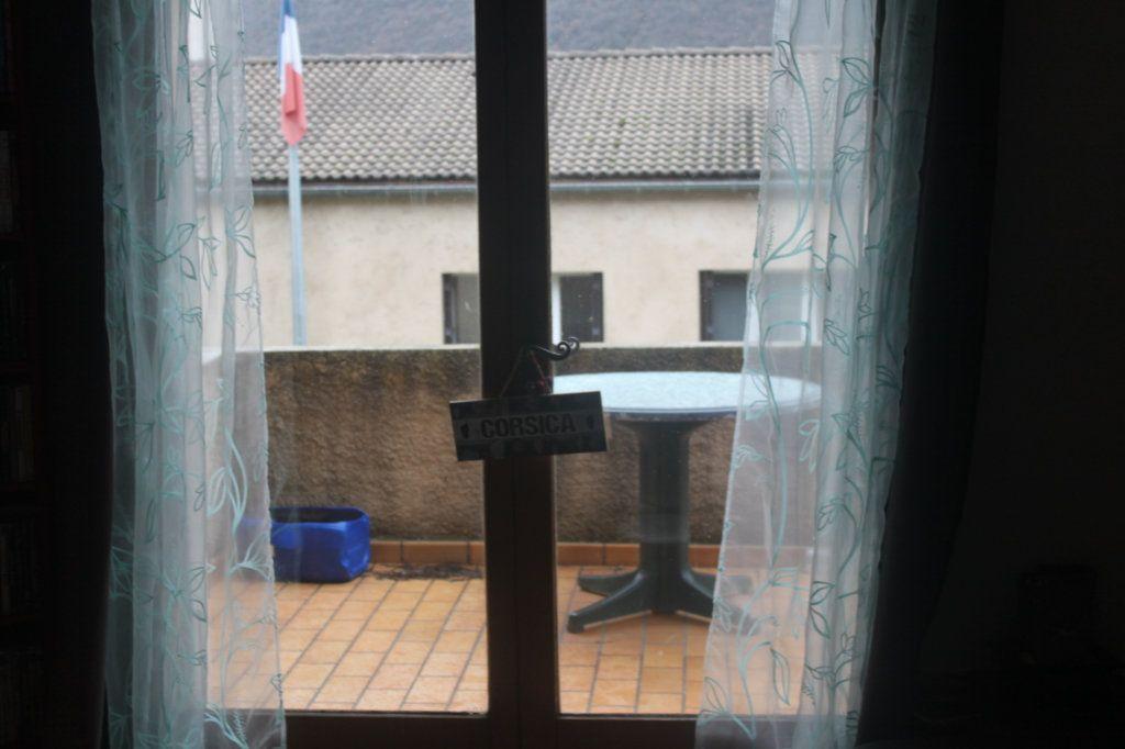 Maison à vendre 6 209m2 à Laragne-Montéglin vignette-9