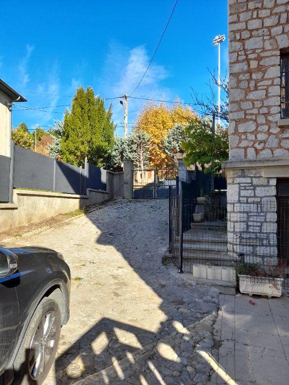 Appartement à vendre 5 120m2 à Laragne-Montéglin vignette-10