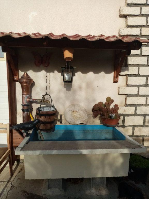 Maison à vendre 5 140m2 à Laragne-Montéglin vignette-2
