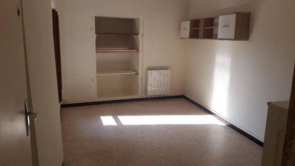 Appartement à vendre 3 75m2 à Orpierre vignette-3