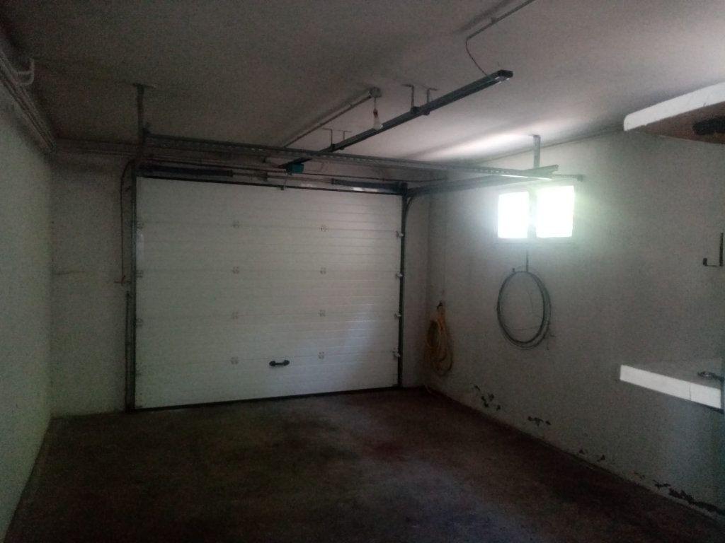 Maison à vendre 6 170m2 à Laragne-Montéglin vignette-4