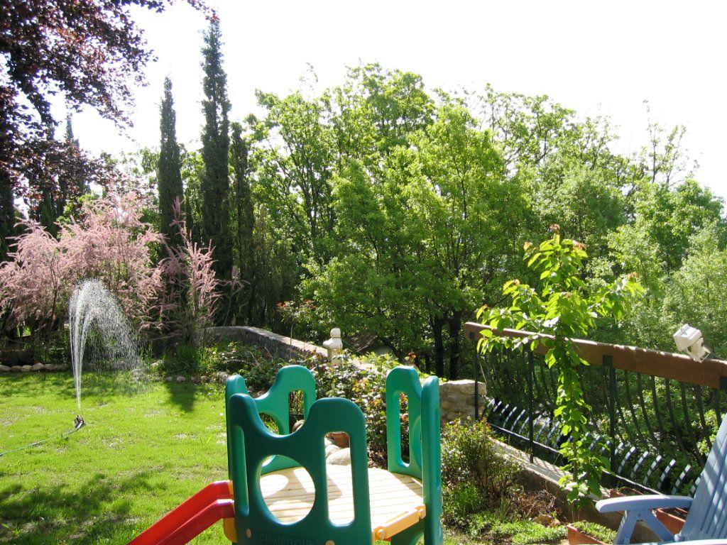 Maison à vendre 7 162m2 à Laragne-Montéglin vignette-2