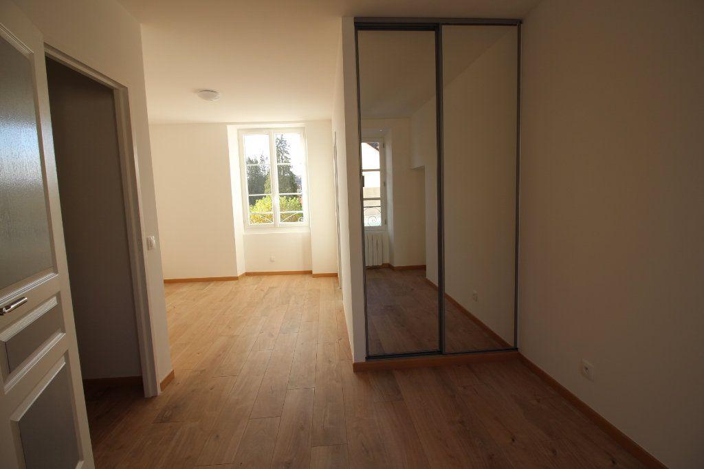 Appartement à louer 3 60m2 à Méréville vignette-2