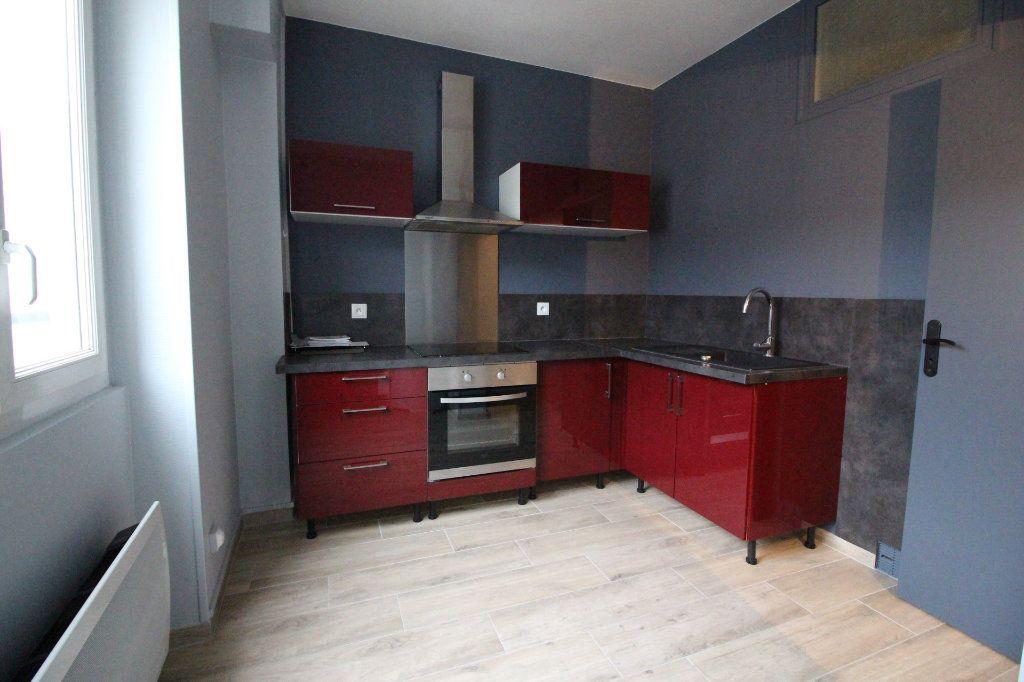Appartement à louer 2 44m2 à Angerville vignette-2