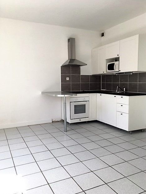 Appartement à louer 2 36m2 à Étampes vignette-1