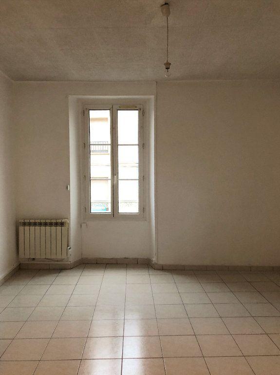 Appartement à louer 1 32m2 à Étampes vignette-1
