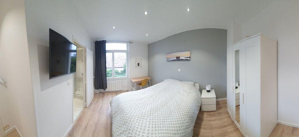 Appartement à louer 1 70m2 à Fleury-les-Aubrais vignette-1