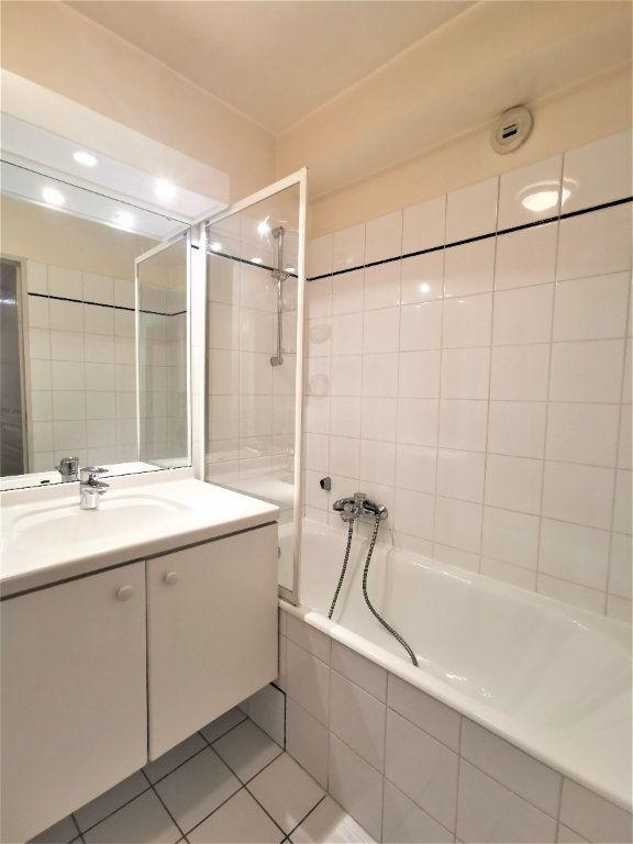 Appartement à louer 2 38.5m2 à Strasbourg vignette-4