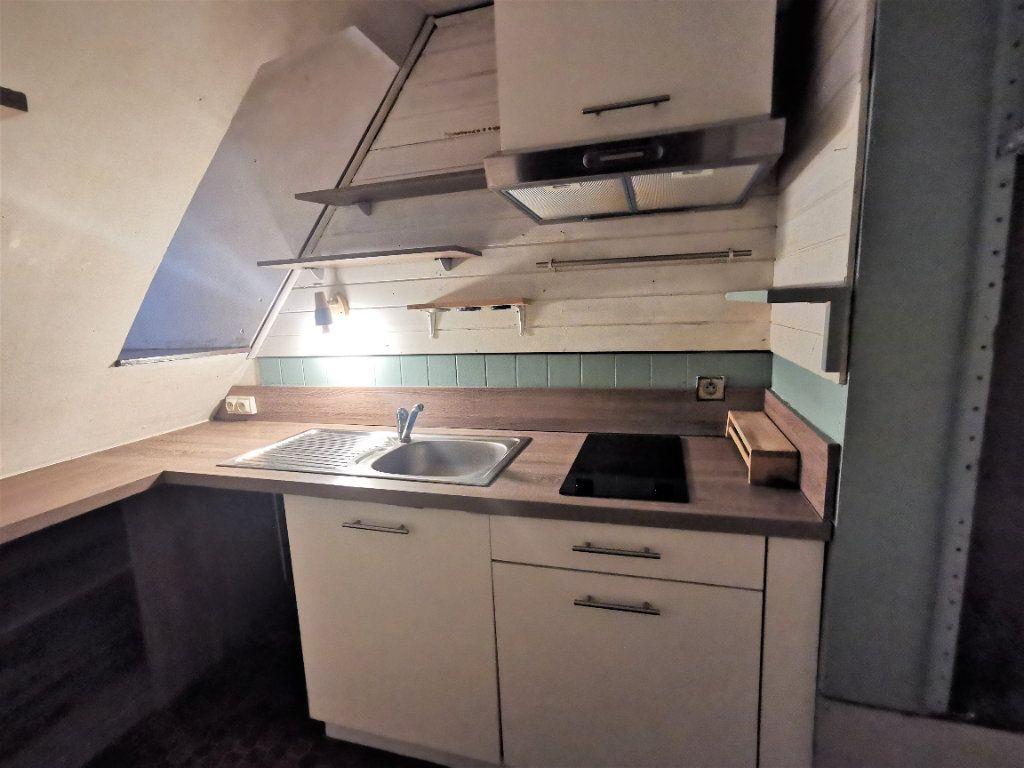 Appartement à louer 2 25.4m2 à Strasbourg vignette-3
