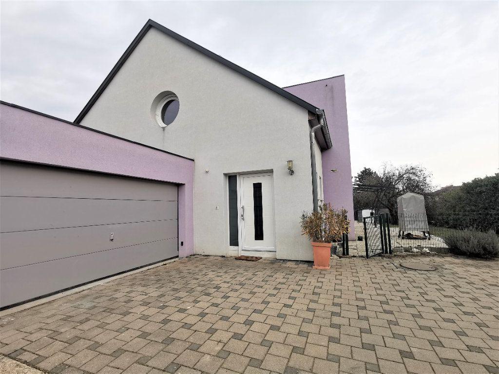 Maison à louer 6 135.33m2 à Lingolsheim vignette-11