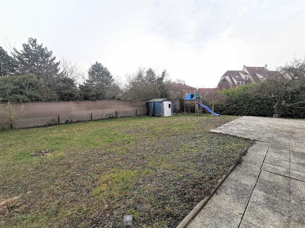 Maison à louer 6 135.33m2 à Lingolsheim vignette-13