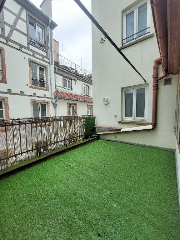 Appartement à louer 4 89.74m2 à Strasbourg vignette-4