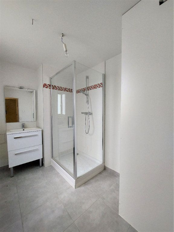 Appartement à louer 4 89.74m2 à Strasbourg vignette-5