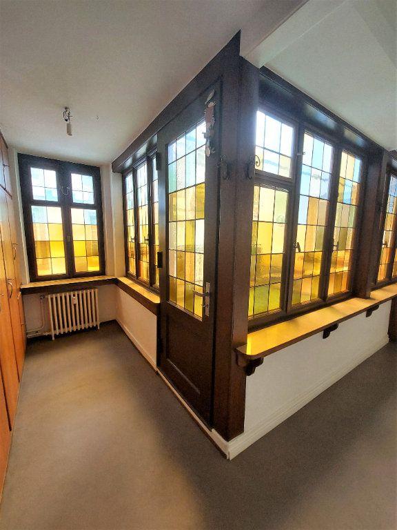 Appartement à louer 4 89.74m2 à Strasbourg vignette-6