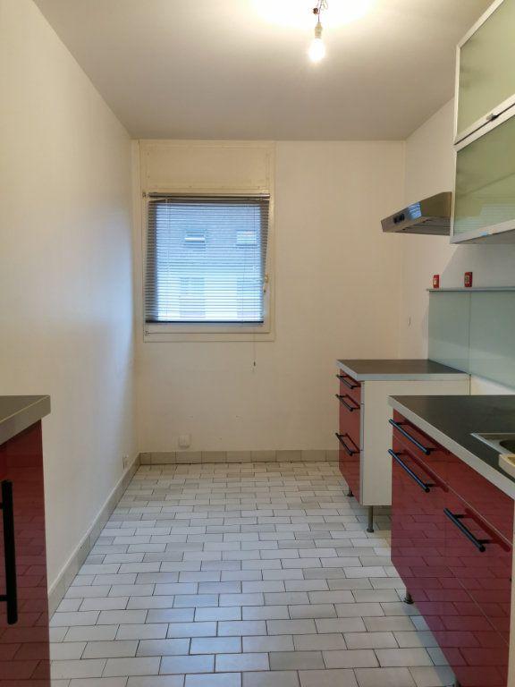 Appartement à louer 2 56.55m2 à Strasbourg vignette-2