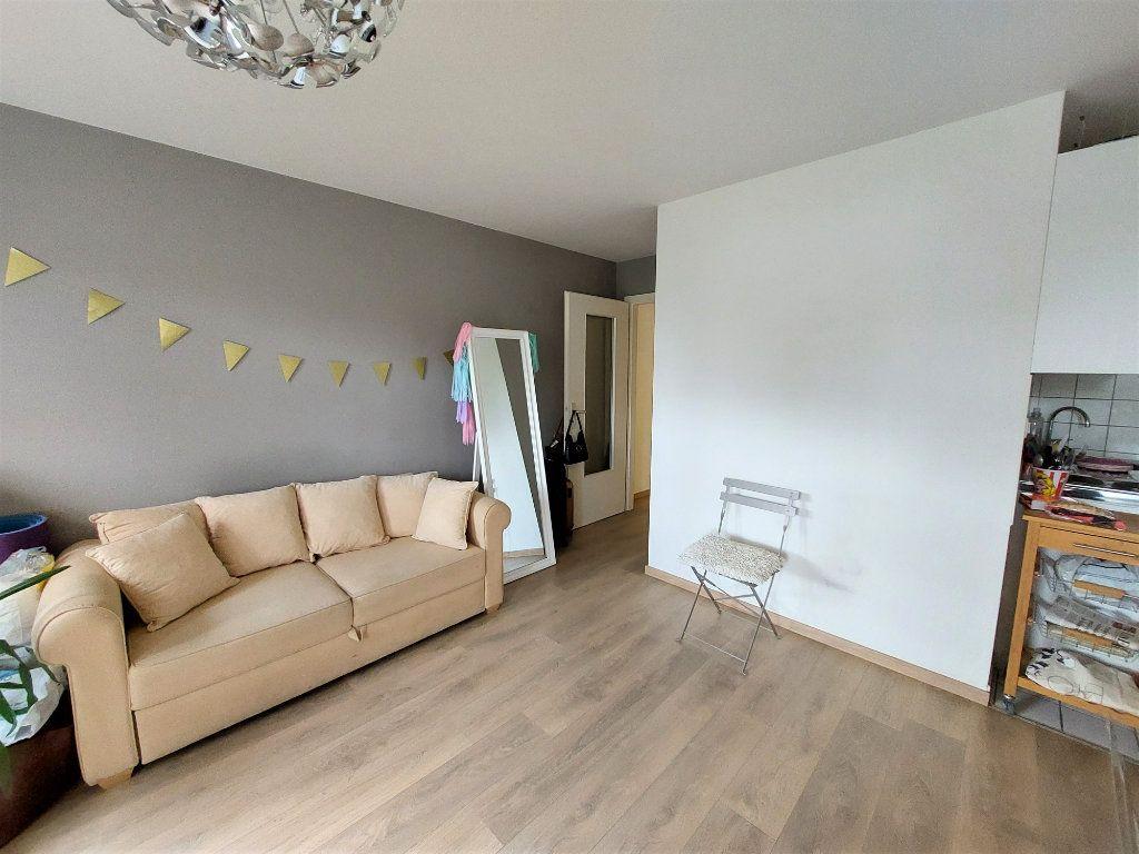 Appartement à louer 1 32.35m2 à Strasbourg vignette-2