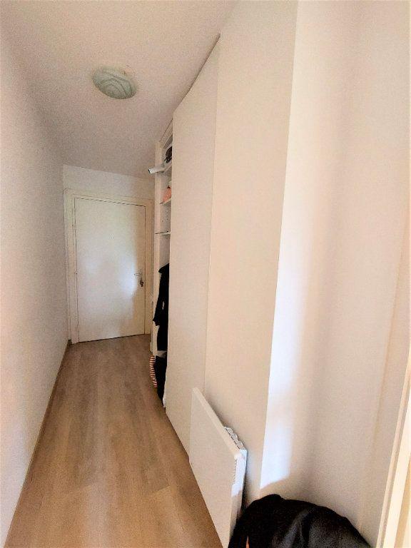 Appartement à louer 1 32.35m2 à Strasbourg vignette-4