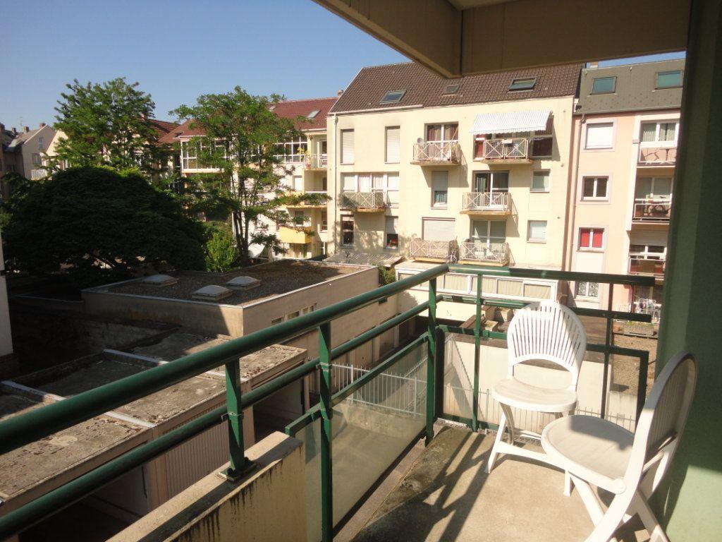 Appartement à louer 1 20.34m2 à Strasbourg vignette-1