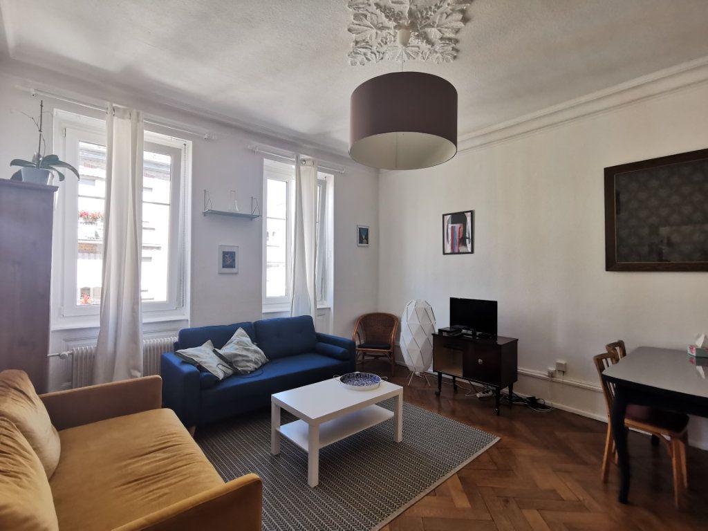 Appartement à louer 4 83.1m2 à Strasbourg vignette-1