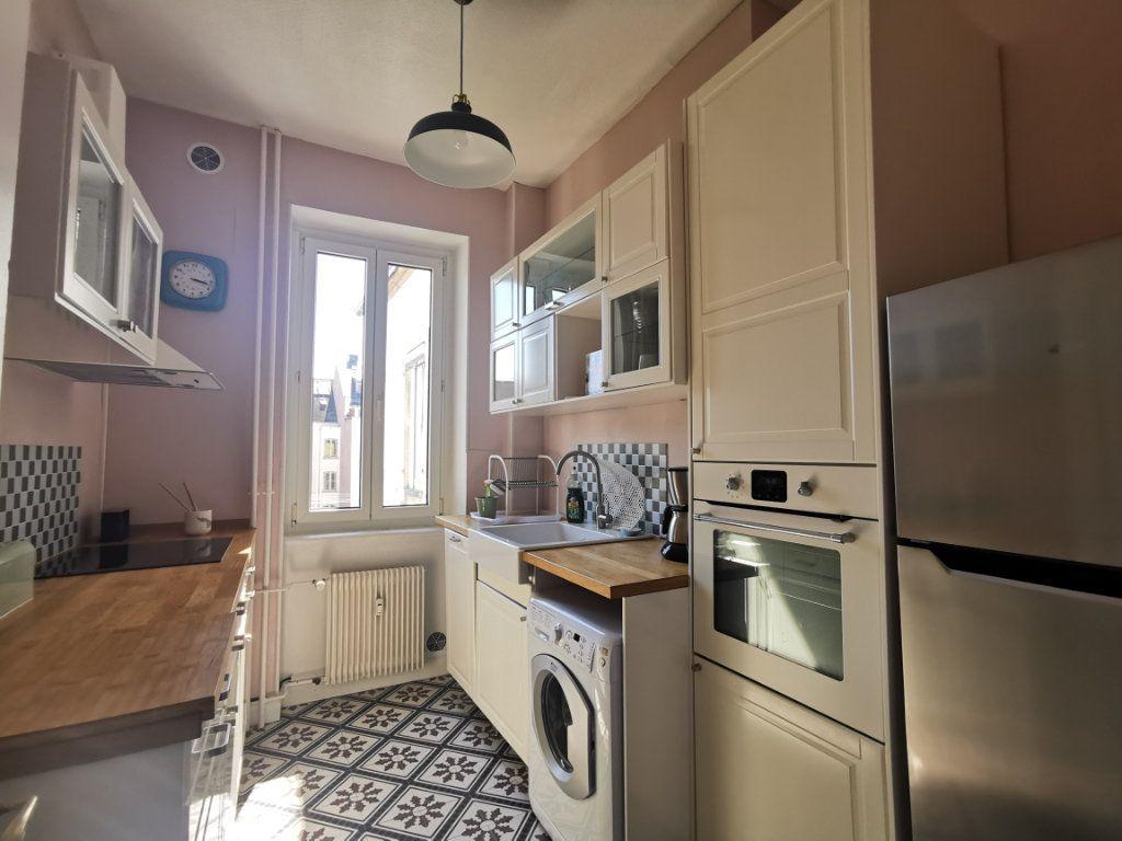 Appartement à louer 4 83.1m2 à Strasbourg vignette-2