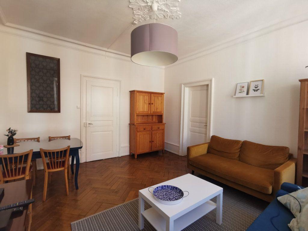 Appartement à louer 4 83.1m2 à Strasbourg vignette-3