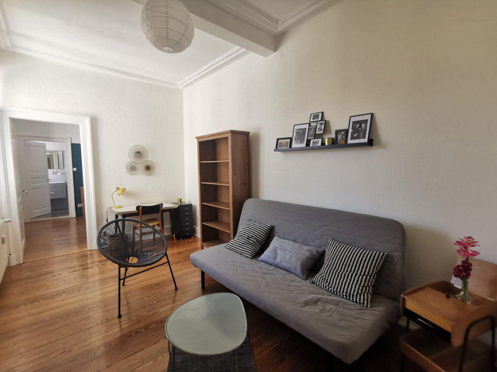 Appartement à louer 4 83.1m2 à Strasbourg vignette-5