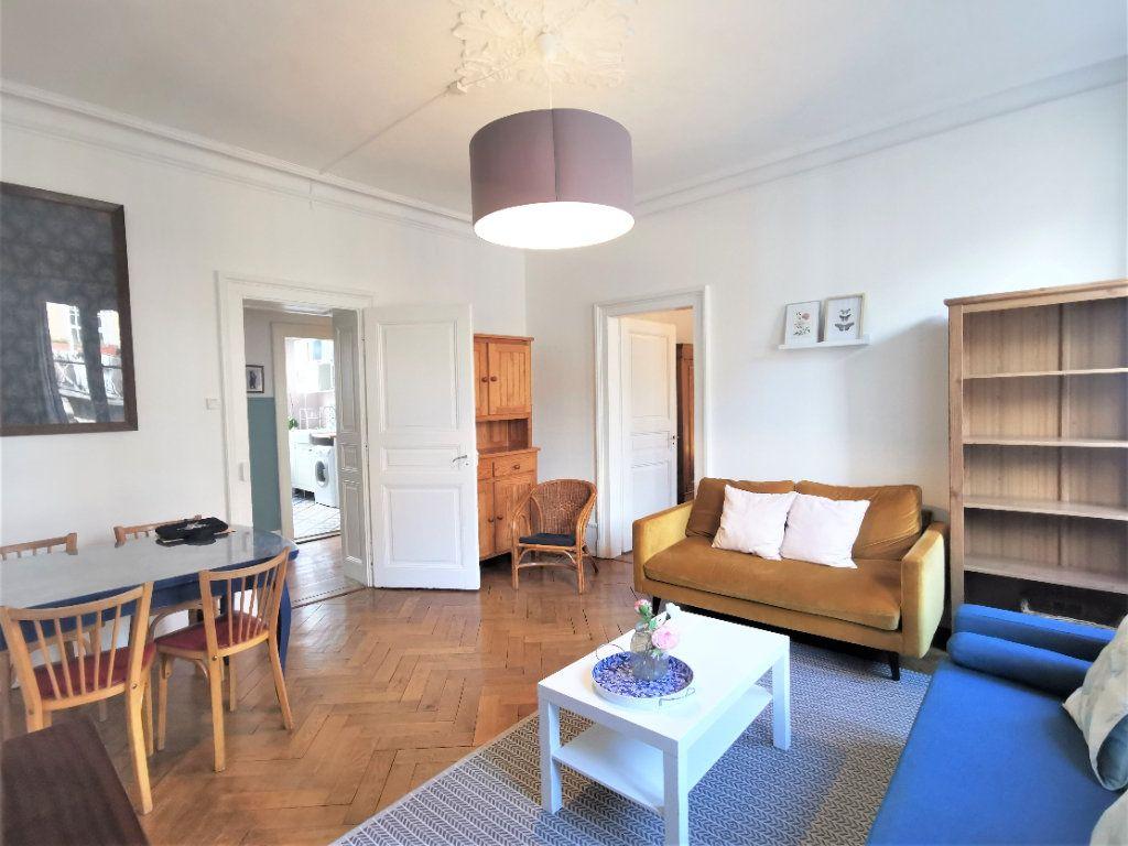 Appartement à louer 4 83.1m2 à Strasbourg vignette-6