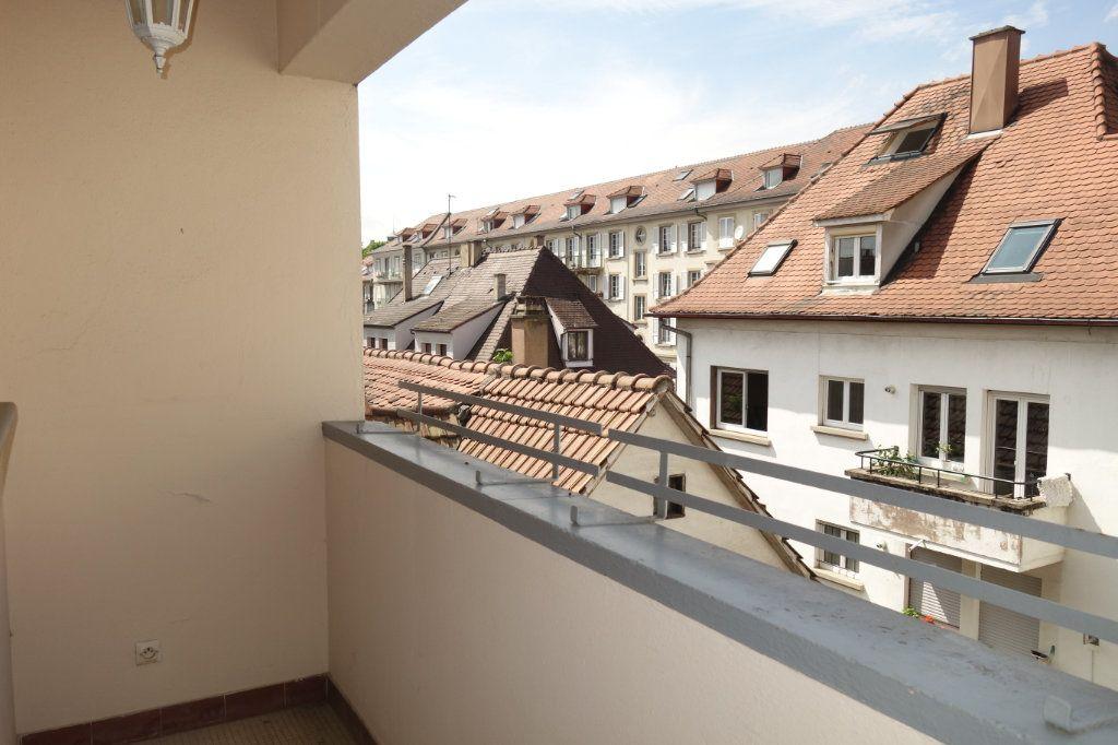 Appartement à louer 3 64.52m2 à Strasbourg vignette-1
