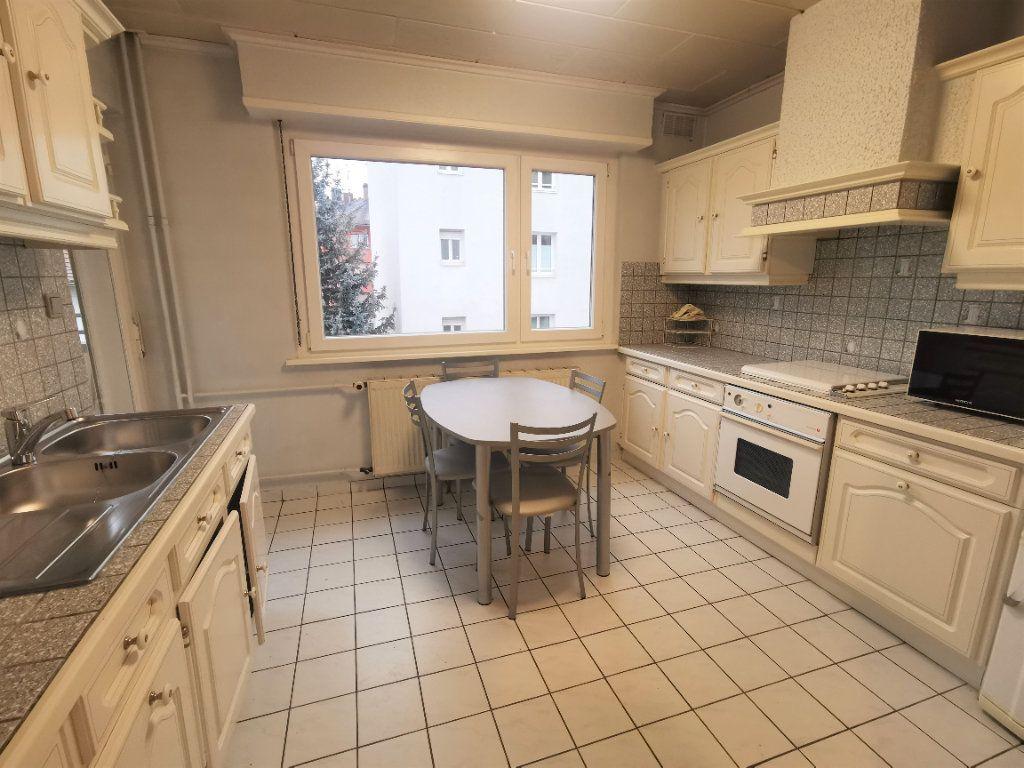 Appartement à louer 3 64.52m2 à Strasbourg vignette-2