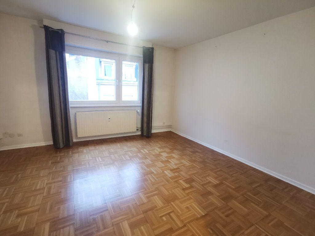 Appartement à louer 3 64.52m2 à Strasbourg vignette-5