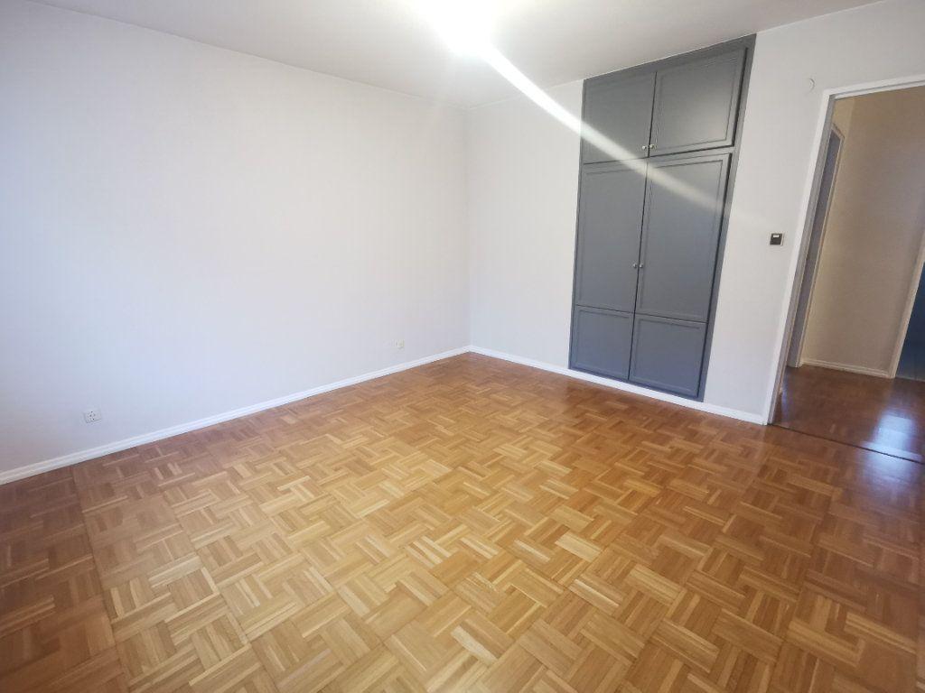 Appartement à louer 3 64.52m2 à Strasbourg vignette-7