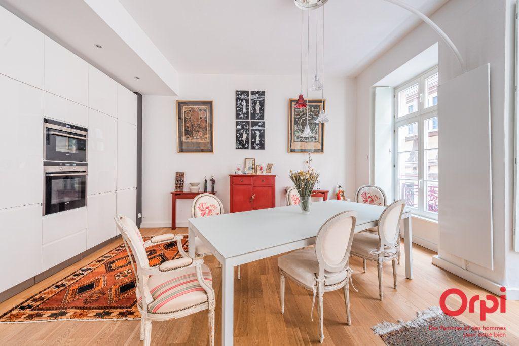 Appartement à vendre 3 93.8m2 à Strasbourg vignette-3