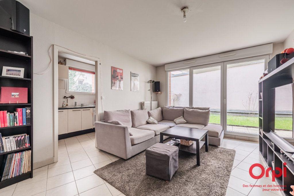 Appartement à vendre 3 65.9m2 à Strasbourg vignette-2