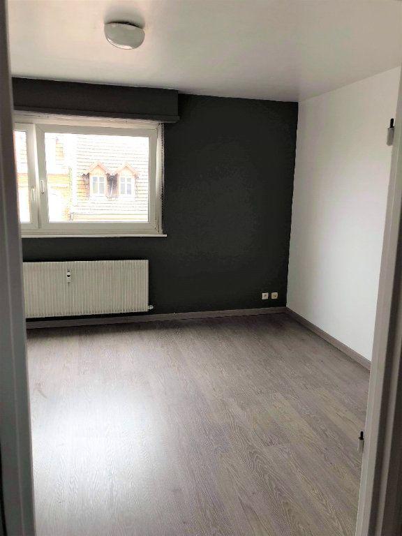 Appartement à louer 1 26.1m2 à Strasbourg vignette-3