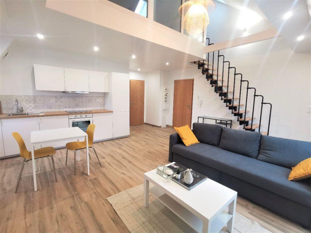 Appartement à louer 2 45.56m2 à Strasbourg vignette-1