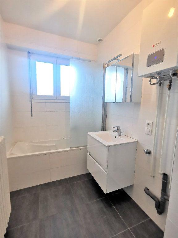 Appartement à louer 4 110.29m2 à Bischheim vignette-4
