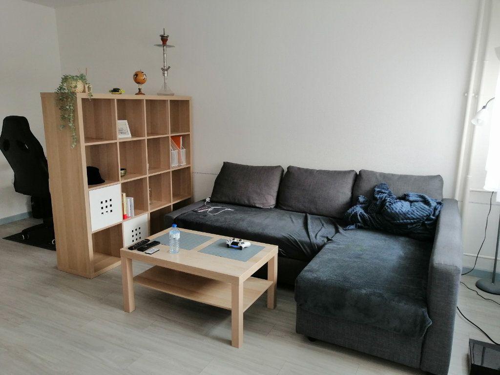 Appartement à vendre 1 28m2 à Strasbourg vignette-2
