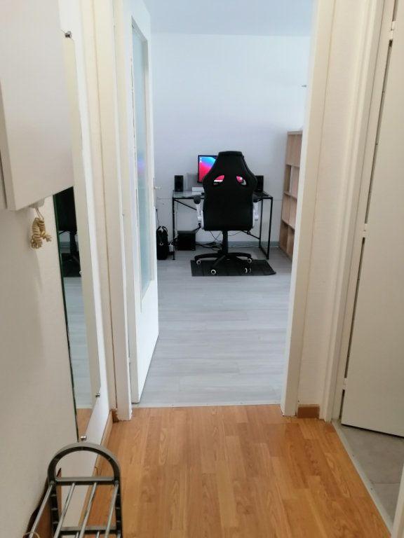 Appartement à vendre 1 28m2 à Strasbourg vignette-6