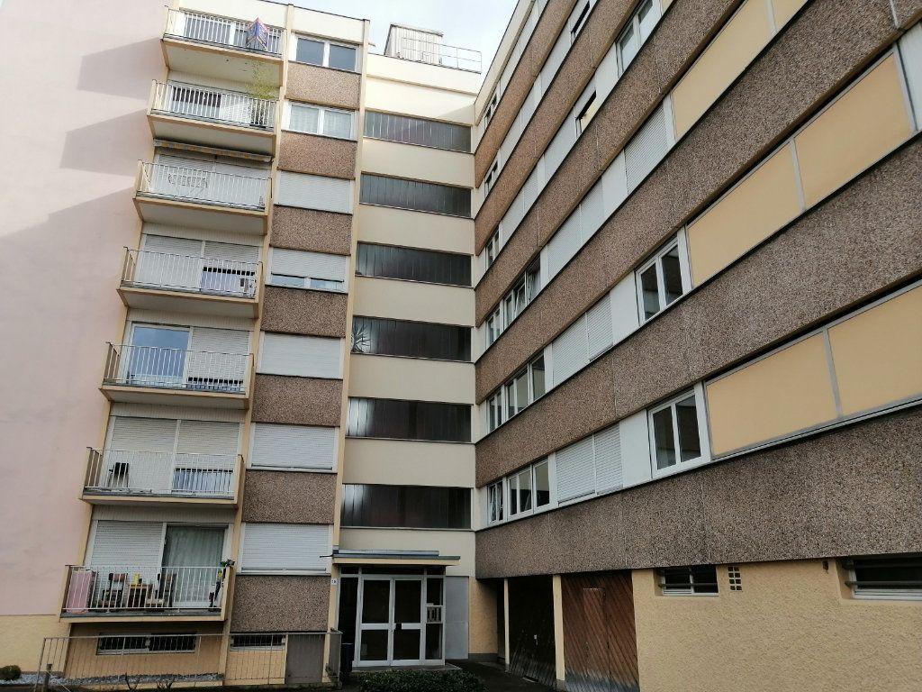 Appartement à vendre 1 28m2 à Strasbourg vignette-7
