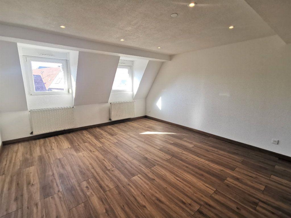 Appartement à louer 3 46m2 à Ingwiller vignette-4