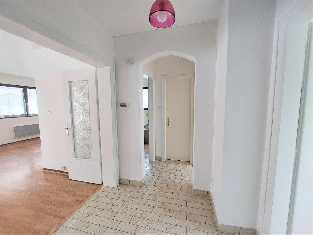 Appartement à louer 2 58.75m2 à Strasbourg vignette-2